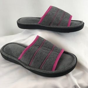 Isotoner Spa Grey & Pink Slippers